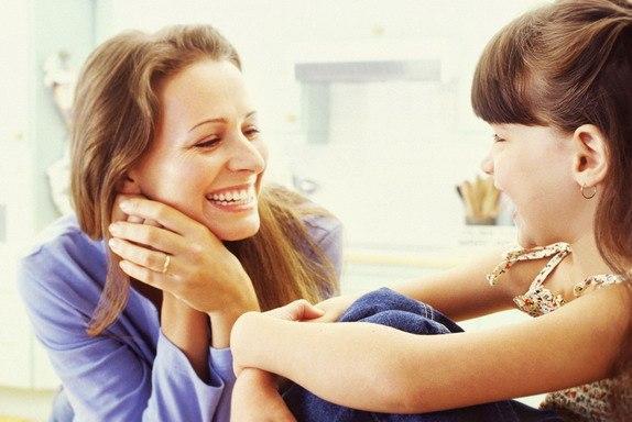 Самый лучший друг - это мама. Она никогда не завидует, не желает плохого. А  в глазах её сверкает ... ▷ Socratify.Net
